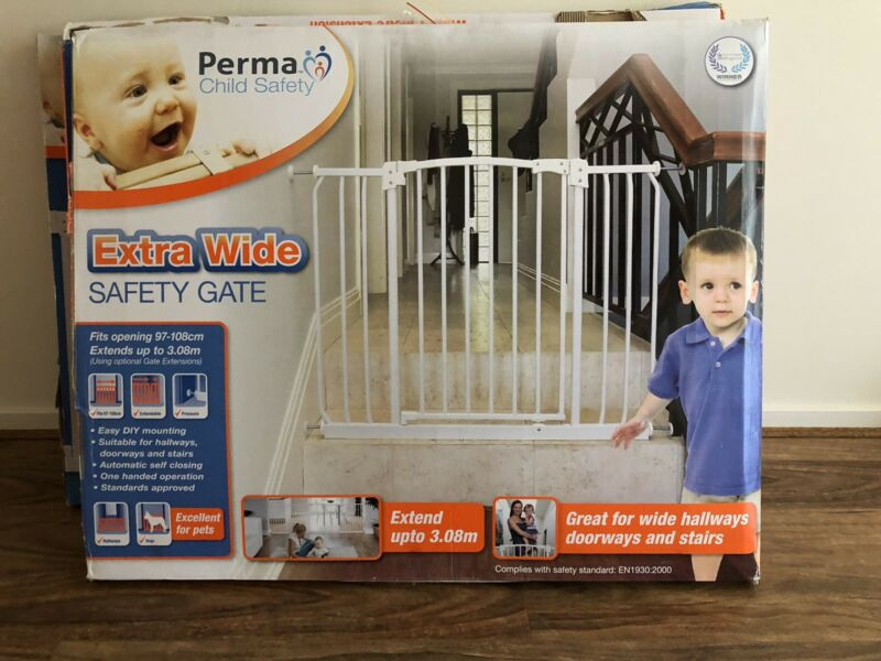 Perma Extra Wide Safety Gate Child Baby 745 Safety Gates