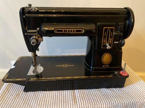 Vintage Singer 301 Sewing Machine Works nice