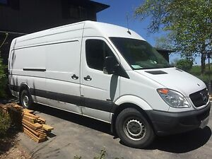 2011 mercedes sprinter extended work van