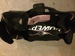 Powertek women's hockey bag, wheels, new