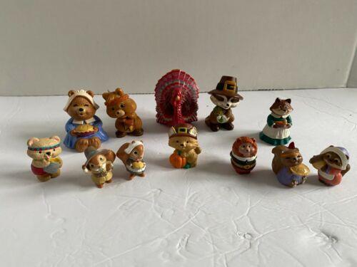 Hallmark Merry Miniatures Lot of 12 Thanksgiving Figures