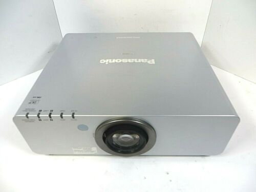 DLP Projector Panasonic PT-DW6300US WXGA - 6000 Lumen - VGA DVI - Good Working