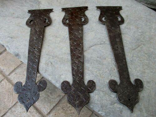 Vintage Lot 3 Medieval Rustic Ornate Iron Hinge Plates To Door Gate Furniture