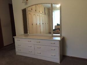 Bedroom furniture Panorama Mitcham Area Preview