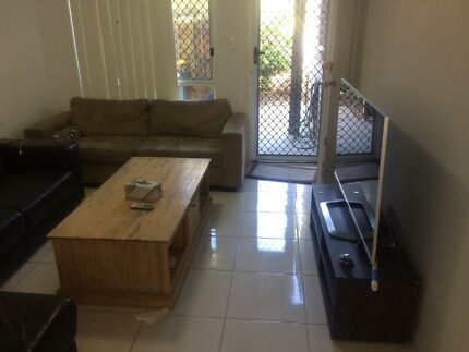 ROOM FOR RENT ( indian )