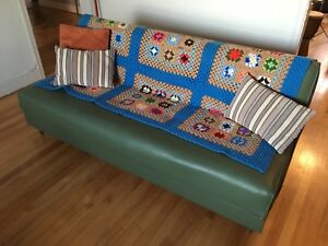 Vintage-Style Convertible Couch