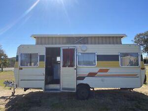 1984 Windsor 17ft Pop Top Caravan