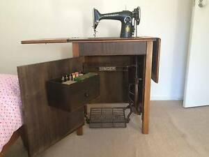 SINGER Sewing Machine Ashmore Gold Coast City Preview