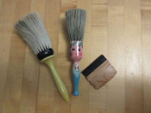 Vintage Wood Handle Vanity Detailed Brush Lot