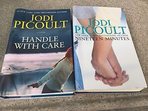 Jodi Picoult - Hardcover. Handle with care & Nineteen minutes