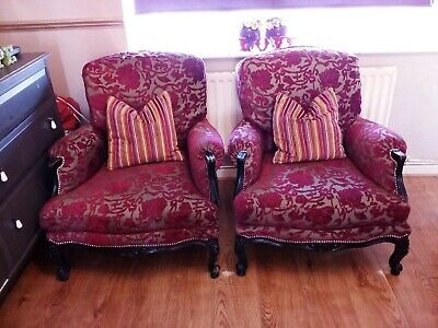 French Louis style pair of armchairs