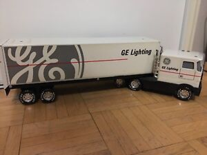 VINTAGE NYLINT GE LIGHTING TRACTOR TRAILER TOY SEMI TRUCK
