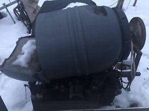Érablière Laveuse a bucket d'eau d'érable