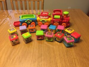 Train Fisher Price Peek-a-blocks