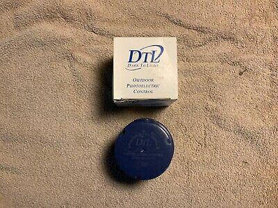 Dtl Outdoor Photoelectric Control Dux124 12a Multi Volt