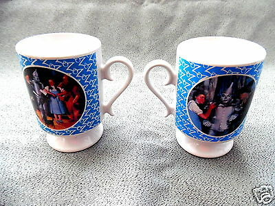 Wizard Of Oz Merchandise (Vintage WIZARD OF OZ Collectible Mugs 1990 - Set of 2 ***Licensed Merchandise*** )
