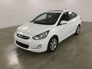 2012 Hyundai Accent GLS Toit Ouvrant*Mags*Bluetooth*Sieges Chauf