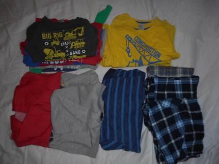 Boys Sz3 long sleeve shirt daycare pack GUC