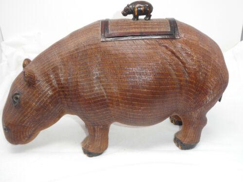 VINTAGE WICKER/RATTAN HIPPO LIDDED BOX STATUE HAND WOVEN ZHEJIANG HANDCRAFTS