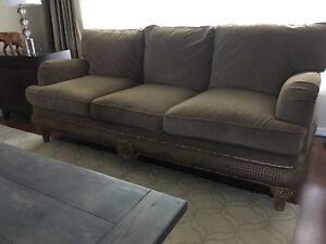 MOVING SALE DESIGNER LUXURY SOFA AND LOVE SEAT LIVING SET