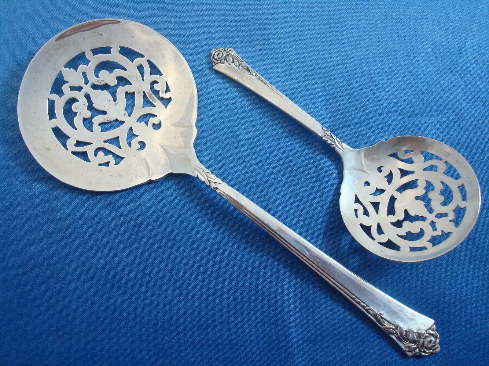 Damask Rose By Oneida Sterling Silver Flatware Set Service