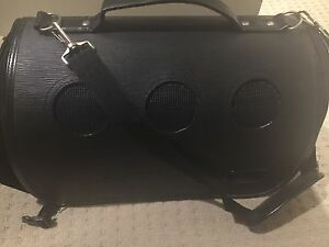 EUC pet carrier for small dogs Point Cook Wyndham Area Preview