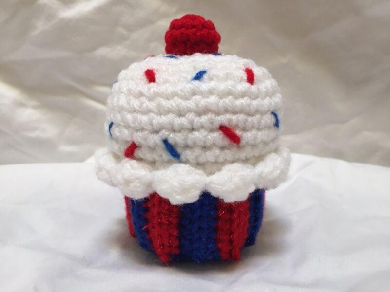 New Handmade Crochet Summer Patriotic Red White & Blue Cupcake Tiered Tray Decor