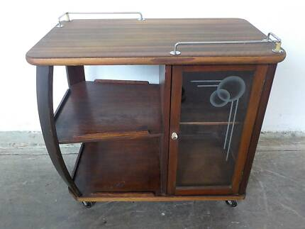 B32065 Vintage ART DECO Walnut Drinks Trolley Traymobile Cabinet Mount Barker Mount Barker Area Preview