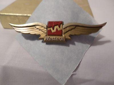 VINTAGE WESTERN WINGS (STOFFEL) PIN BACK # 4