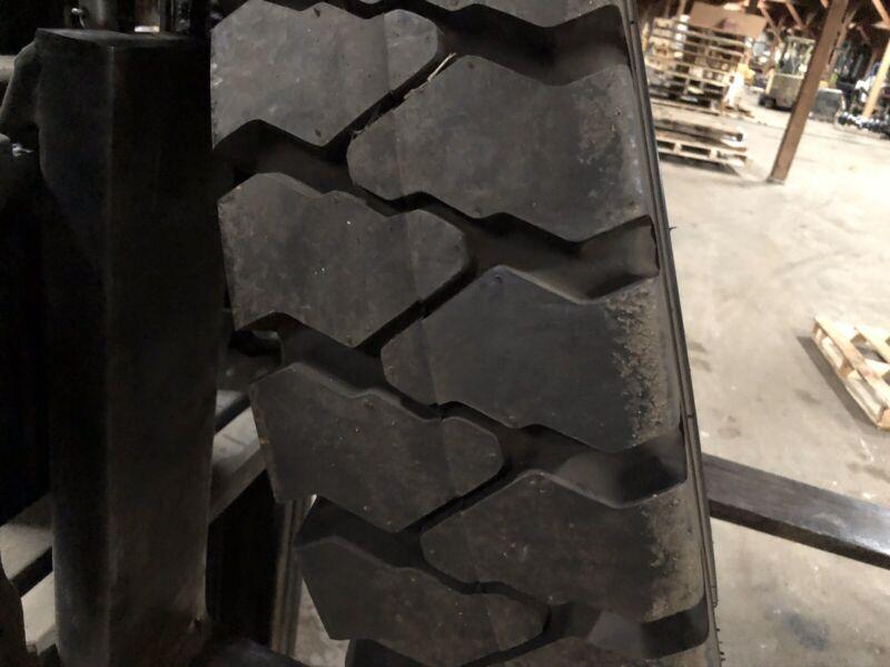 825-15 Hankook Pneumatic Tire & Rim Size 6.50 Forklift Tires NashLift