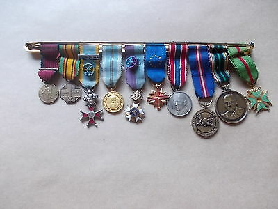 belle barette de 10 diminutif militaire dont 2 officiers