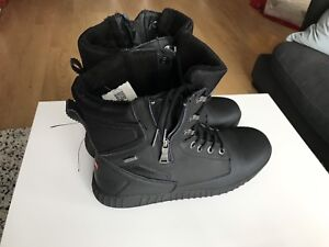 Like new men's Pajar winter boots