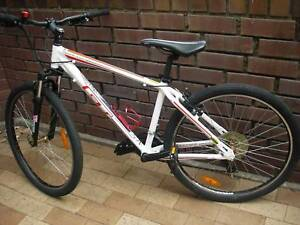 "Small frame 26"" GT Aggressor aluminium unisex mountain bike"