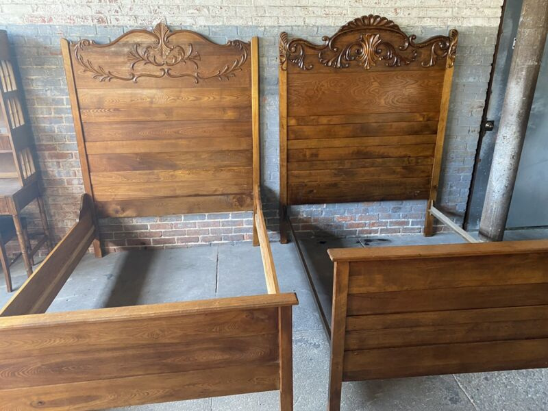 Antique Pair Full Oak Hand Crafted Beds Headboard Footboard Rails Will Ship