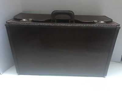 Large Stebco Briefcase Business BROWN Case 22 x 13 x 9 W/O Keys - USED - Stebco Business Briefcase