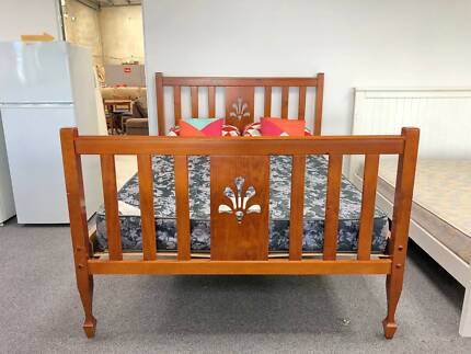 DELIVERY TODAY LUXURY STRONG SOLID WOODEN Queen bed & mattress
