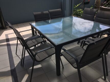 8 Seater Outdoor Alfresco Table And Chairs