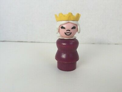Vintage Fisher-Price Little People WHOOPS Purple Queen Wood Body Wrong Face #993