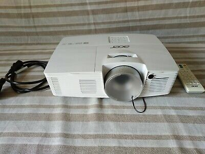 Acer H6517BD Full HD Home Cinema Projector DLP 1080p, 3200 ANSI Lumens RRP £565