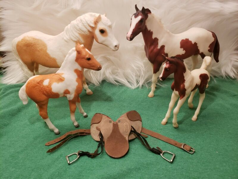 Breyer Horse Mixed Lot of 4 Pinto/Paint Mare and Foal Sets & 1 Saddle