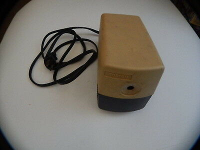 BOSTON Model 19 Beige Electric Pencil Sharpener Made in USA Works 296A R18725