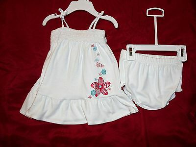 Infant Girls First Moments Two Piece Layette Set - Size 3 mos. - NWT