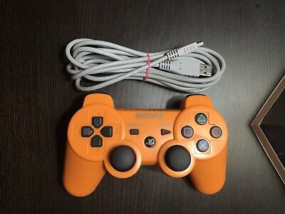 PS3 Dualshock Sixaxis Wireless Controller, comes with Charger