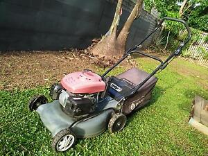 Lawn mower-$100 Mooroobool Cairns City Preview