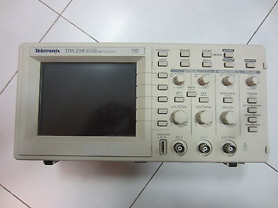 100 Test Tektronix Tds210 Two Channel 1 Gss 60 Mhz Digital Oscilloscope