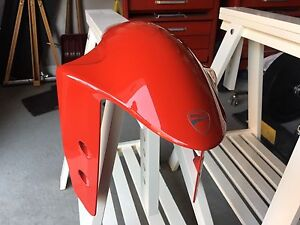 Ducati Panigale fender aile avant
