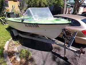 Fibreglass Outboard Boat Tighes Hill Newcastle Area Preview