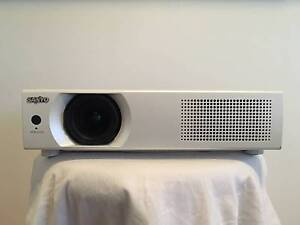 SANYO - WXGA PROJECTOR / Great Condition! Cinema, Office, Gaming Mullumbimby Byron Area Preview