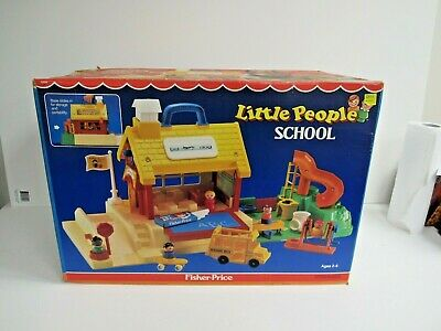 1980's Fisher Price Little People School House # 2550 Factory Sealed New