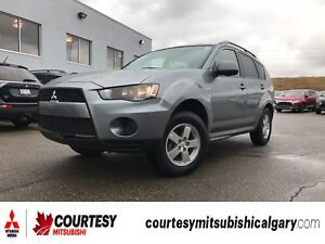 2013 Mitsubishi Outlander ES * ALL-WHEEL DRIVE, BLUETOOTH, AND H